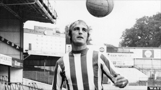 Ron Davies – en bortglömd klubbikon